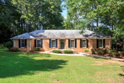 Spacious Ranch Style Home with Finished Basement in Fayetteville