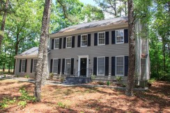 Large Beautiful Renovated 2 Story House in Fayetteville