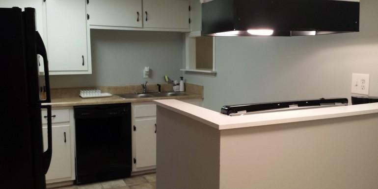 Full Kitchen - Guest Suite