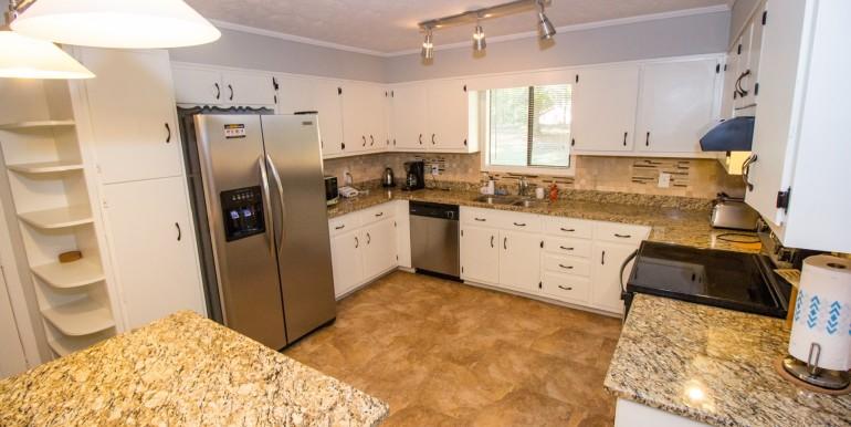 Full Kitchen - Main Level