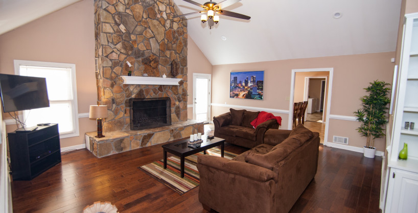 Scott Blvd – Private, Serene Fully Furnished Ranch On 5 Acres Near Pinewood Studios