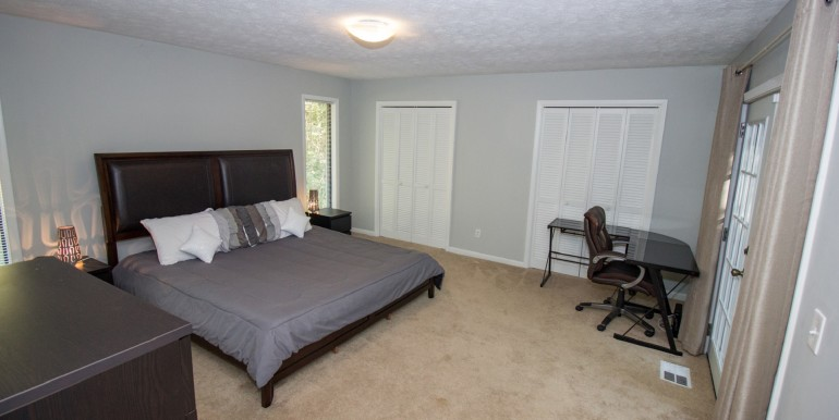 Master King Bedroom with Office Space and small Balcony - Main Level