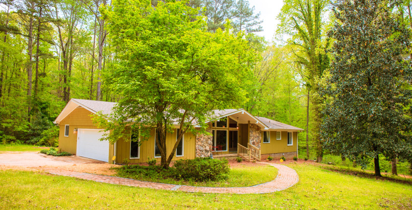 Redwine 2 – Outstanding Furnished 4 Bedroom Home In Fayetteville Near Pinewood Studios – Privacy Galore On 6.2 Lush Acres