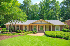 Spalding – Georgeous Furnished Private 4 Bedroom with finished Basement In Sandy Springs