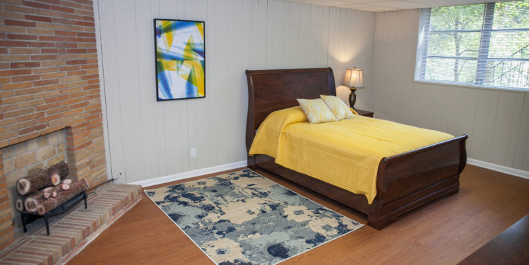 2606-wood-hill-ln-furnished-083
