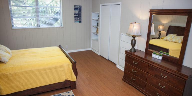 2606-wood-hill-ln-furnished-089
