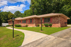 Black Fox Trail – 5 Bedroom Fully Furnished Brick Front House – ca. 15 Minutes To The Airport & Downtown ATL