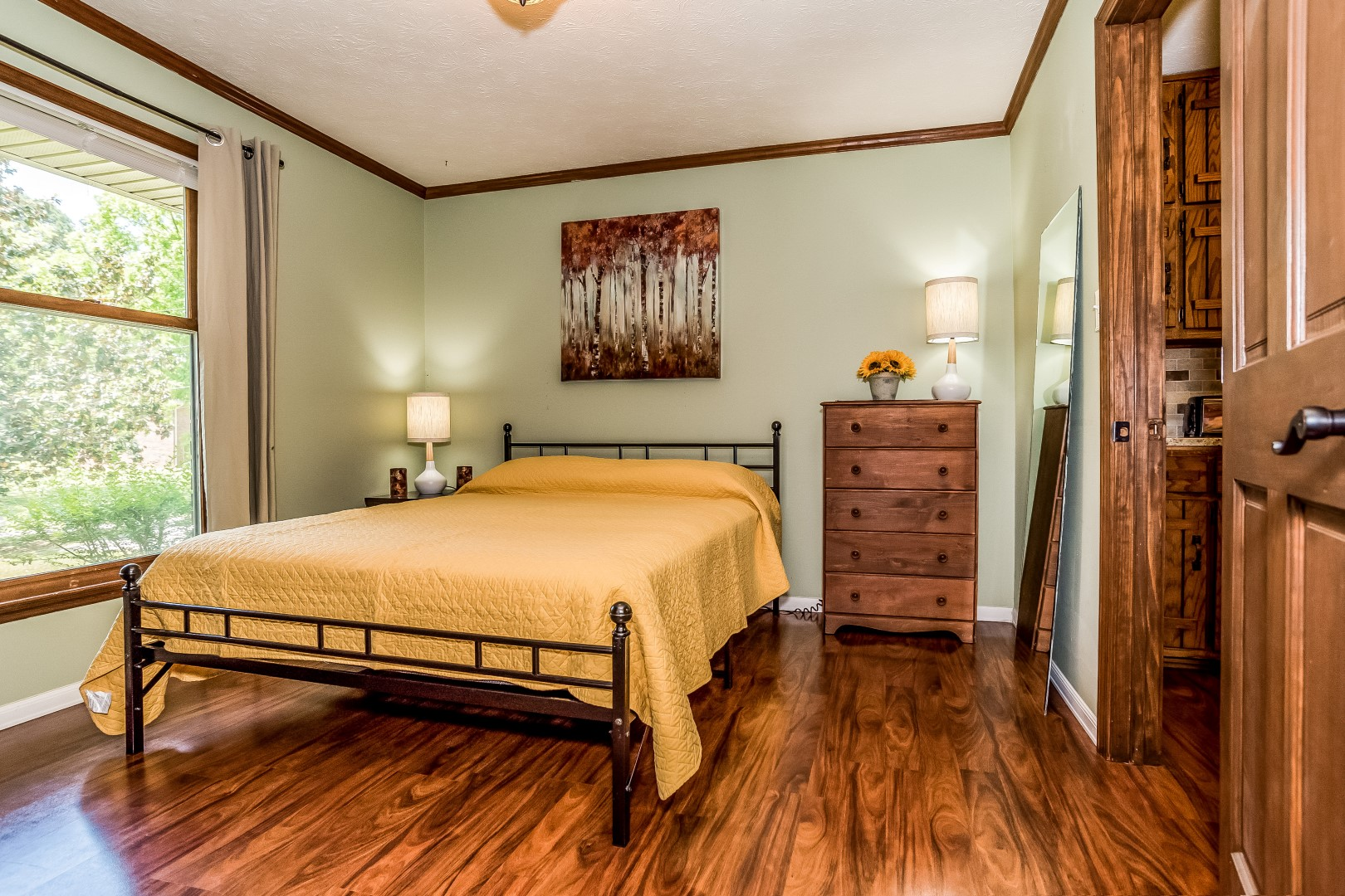 pine trail beautiful serene private fully furnished brick ranch style home on 4 5 acres with. Black Bedroom Furniture Sets. Home Design Ideas