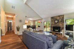 Lost Creek – 5 Bedroom Fully Furnished Home – Spacious & Bright Open House in Stone Mountain